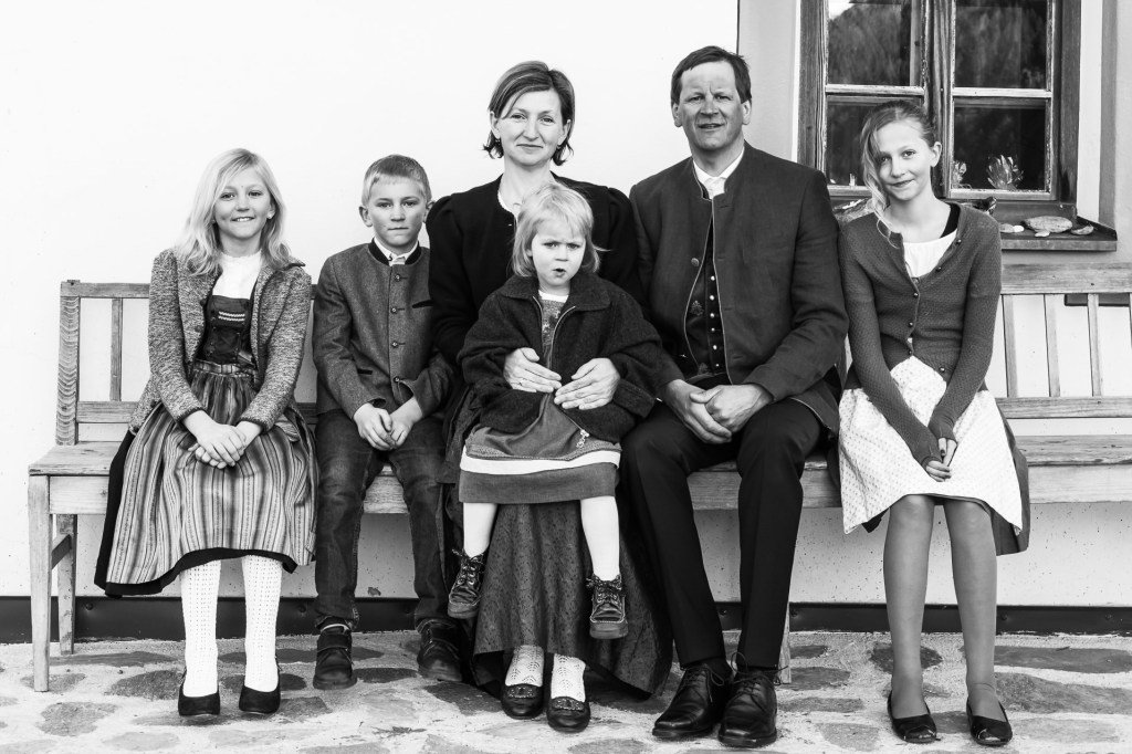 rmu-2474-6-Familienportraits