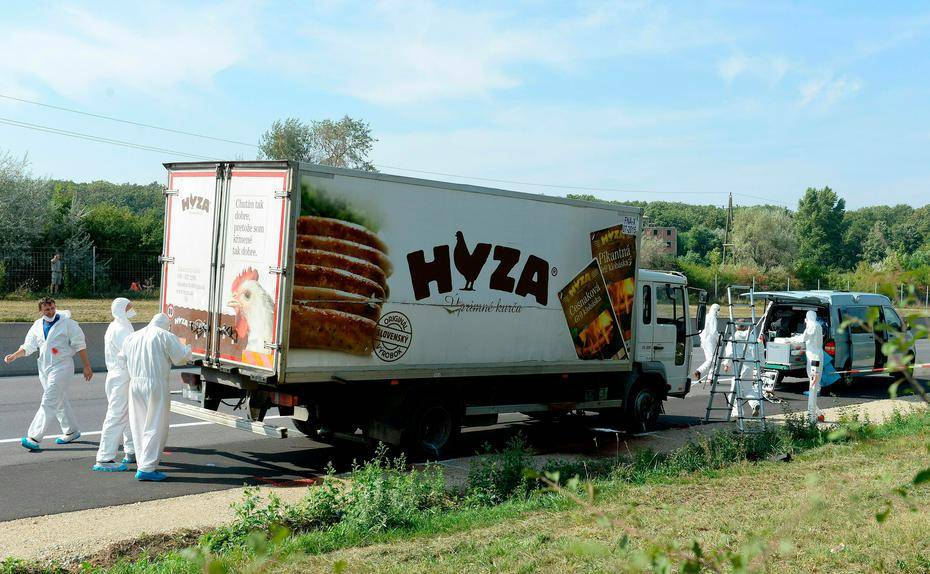 flchtlingstragdie-mindestens-tote-flchtlinge-in-lastwagen-auf-a-im-burgenland-entdeckt