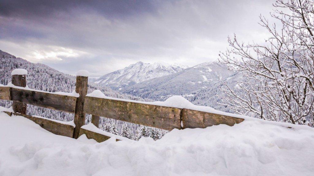 rmu-1817-2-es schneit
